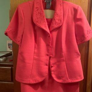 Peach ladies 2pc suit